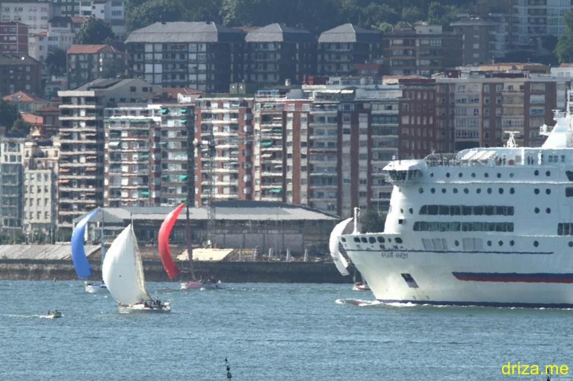 El Pont Avent se coló en la regata
