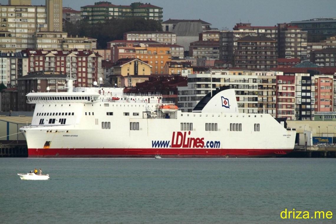 El ferry Cotentin dejó de prestar servicio hace unas semanas