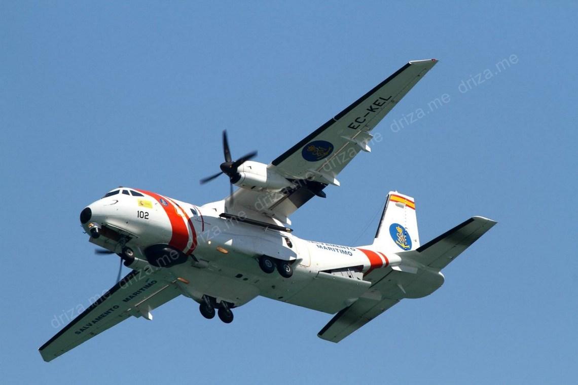 CASA CN-235-300 SM-1 con base en el Aeropuerto de Lavacolla
